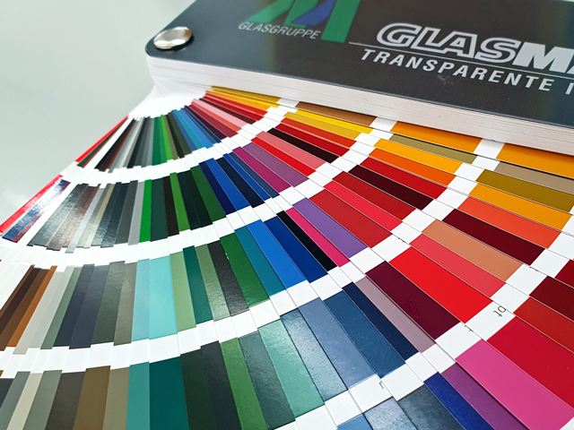 Farben nach RAL/NCS/Pantone/Sikkens